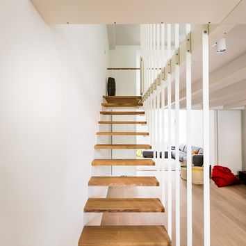 STEEL AND WOOD OPEN STAIRCASE UP | JO-A