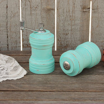 Salt and Pepper Mill Set, Mint Green, Shabby Chic, Hand Painted, Upcycled, Grinder, Salt Pepper Set, Rustic