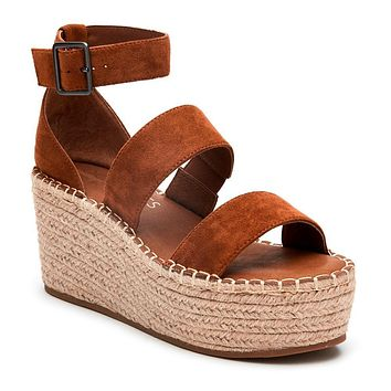 Matisse Soire Wedge in Saddle