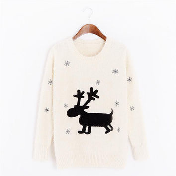 Christmas Sweater Women Cute Xmas Deer Sweat snowflakes Women Fashion Sweaters And Pullovers 2 Colors White Black