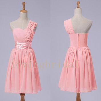2014 Short Pink Chiffon Prom Dress Bridesmaid Dress Party Dress Simple Homecoming Dress Formal Prom Dress Custom
