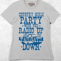 Women's Country Girl® Tailgate Down Tee