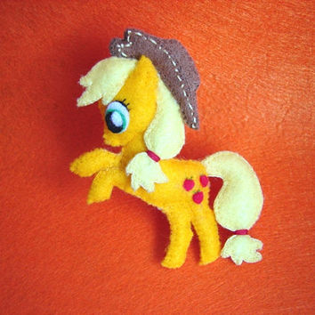 My little pony felt brooch Applejack