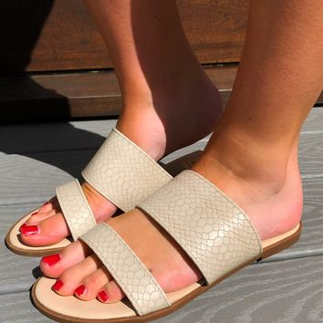 Snake Out Sandals: Cream