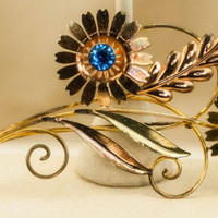 Flower Brooch Blue Faceted Stones in Rose and Yellow Gold Tone Setting Vintage