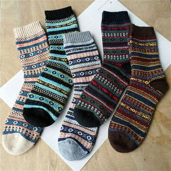 Autumn and winter new men thickening warm striped Lingge retro original wool sheep socks 5 pairs