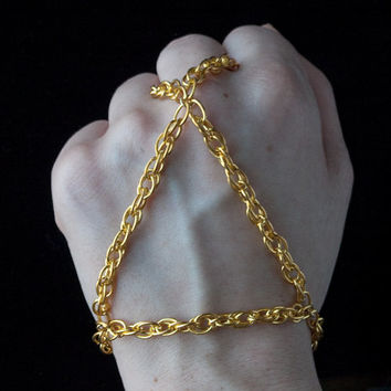 triangle hand chain // gold toned pretzel chain // nickel free