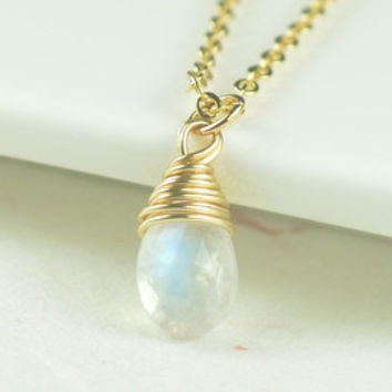 Moonstone necklace,June birthstone necklace,girlfriend necklace