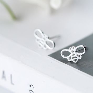Daisies Tiny Honeybee Stud Earrings Fly Bird honey Bumble Bee Stud Earrings Boucles d'oreilles