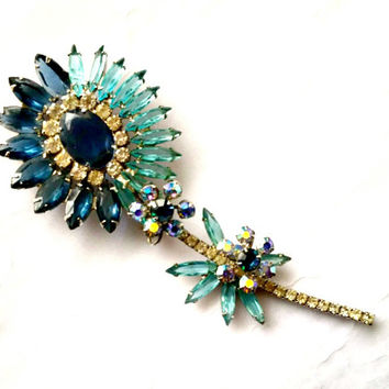 Juliana Flower Brooch, Delizza and Elster, Blue Rhinestone Pin, Vintage D & E, Sapphire and Aqua, Figural