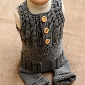 Merino wool Grey Knit Romper / Newborn PHOTO PROP / Baby Boy Outfit / Newborn Boy Photo outfit