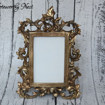 Ornate frame // ornate picture frame// Unique frame // Gold Vintage Style Frame // Resin Frame // Antique Gold Frame // bedroom decor //