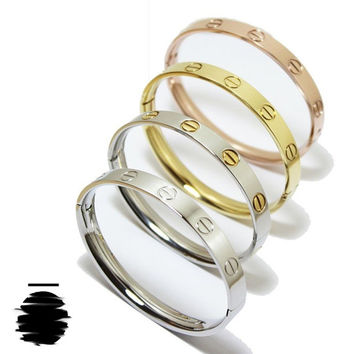 Cartier Inspired Replica Love Bracelet without Crystal in Gold b5527cf00e