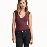H&M Sleeveless Jersey Top $7.99