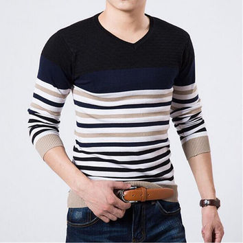 Classic Men's Cashmere Sweaters, Embroidered Round Neck ,