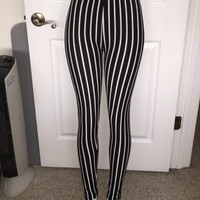 Black & White Vertical Striped Leggings