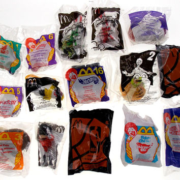 Lot of 15 McDonalds Toys Tamagotchi Skateboard Power Rangers Robo Chi NBA Diva