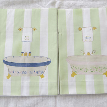 Hand Painted Tea Towels,Bathtubs, Lot of 2,  Vintage Pair of Guest Towels, Paris Decor, Shabby Chic Home, French Country
