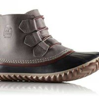Sorel Out-N-About Leather Boot in Quarry NL2133-052