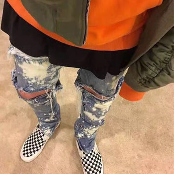 2017 Newest Kanye West Spray Paint Destroyed Biker Jeans Skinny Fit Zipped Ankle Vintage Indigo Ripped Stretch Jeans