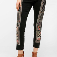 Urban Outfitters - BDG Twig Mid-Rise Jean - Scarf Embroidered