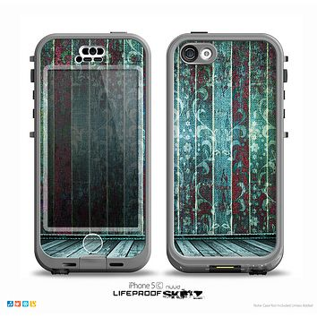 The Aged Blue Victorian Striped Wall Skin for the iPhone 5c nüüd LifeProof Case