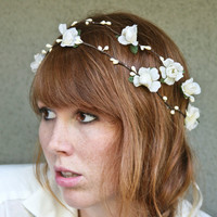 woodland wedding wreath in ivory by BeSomethingNew on Etsy