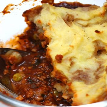Recipes - Vegetarian Cottage Pie (For non veg add minced Lamb)