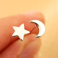 New Designer Personalized Sweet Star And Moon Shape Stud Earrings, Silver Jewelry Pendientes Plata For Women