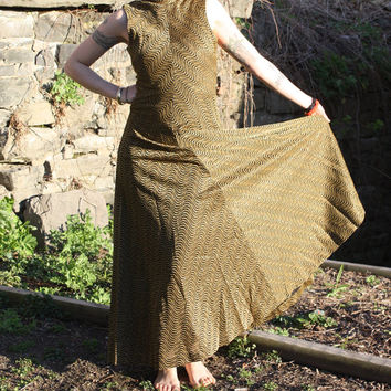 70s maxi dress - black and gold metallic pattern full length dress - vintage 1970s dress - disco dress - size extra small / small