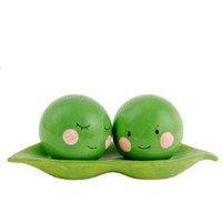 Peas in a Pod Salt & Pepper Pair