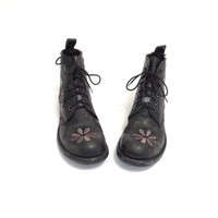 Floral Boots Daisy Boots Grunge Embroidered Flower Power Grunge Shoe Black Boot 90s 1990s Distressed Ankle Boot Granny Boot Sz US 7.5, EU 38