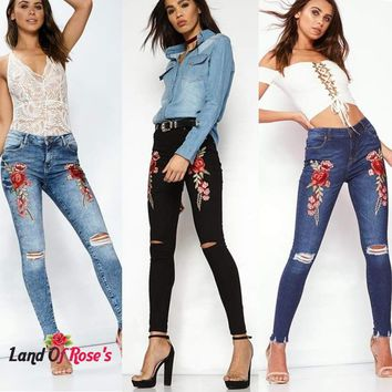 Flower Embroidered Elastic Denim Skinny Jeans