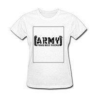 Women say proud army best friend tattered LOGO T-shirt
