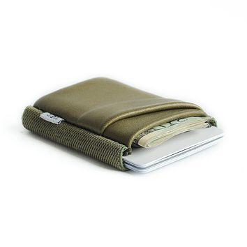 TGT DELUXE WALLET-ARMY ALL OVER