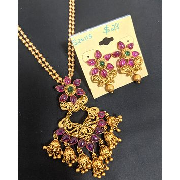 Kemp stone embedded Chandelier Pendant chain necklace and Earring set - Design 1