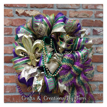 Mardi Gras Wreath - Fleur De Lis Wreath - Mardi Gras - New Orleans - Jewel Mask - Beads - Deco Mesh Wreath - Door Decor - Ready To Ship
