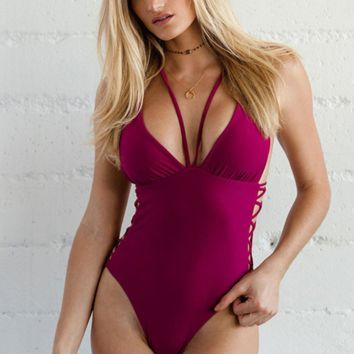 Summer new fashion solid color hollow straps one piece bikini swimsuit Red