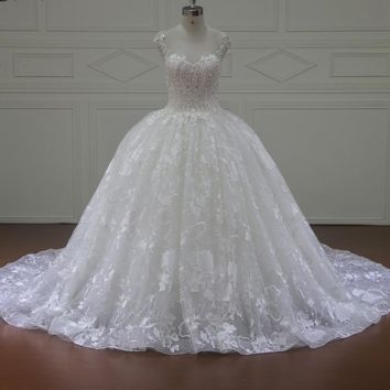 Elegant Pearls Ball Gown Wedding Dresses Simple Ivory Tulle Sashes Bridal Gown