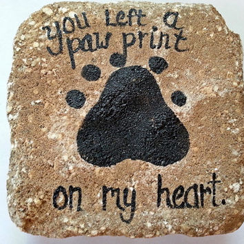 Pet Memorial, marker, grave site, paw prints, personalized, name and dates