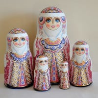 Collectible Russian Wooden Painted Matryoshka, Nesting doll, 5 in 1