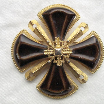 Maltese Cross Pin - 140