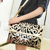 Golden pattern clutch