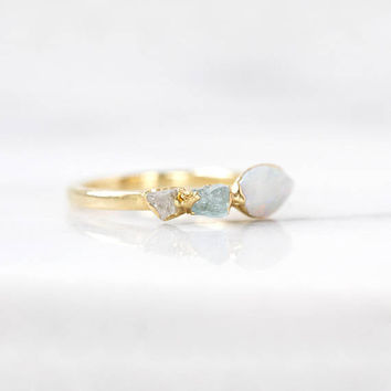opal stacking ring / raw aquamarine ring / rough quartz ring / crystal ring / opal jewelry / gold opal ring / alternative wedding ring