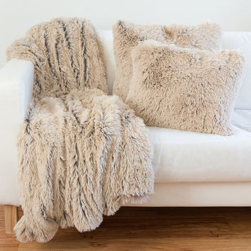 Designer Collections by Sheri Shag/Faux Fur Pillows and Throw Blanket | Overstock.com Shopping - The Best Deals on Throw Pillows