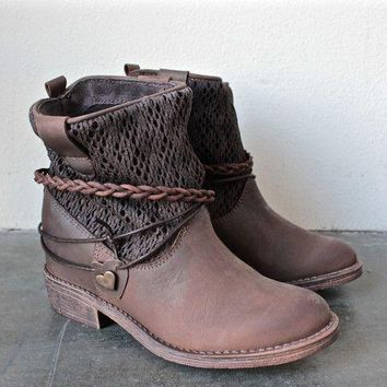 Hot Deal On Sale Ladies Flat Round-toe Winter Boots [120848154649]