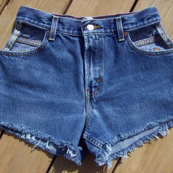 High Waisted Levi's Shorts with Cut Out Pockets by DenimAndStuds
