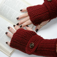 Arm warmers, fingerless gloves, gauntlets crochet in burgundy with button strap.