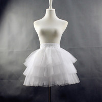 Casual Gauze None-hoop Petticoat Mini tutu Skirt Femaile Short Korean Hoopless Underskirt Lolita skirt Petticoat saias femininas