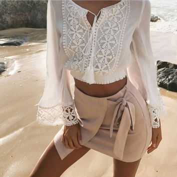Fashion Solid Color Lace Stitching V-Neck Long Sleeve Crop Tops T-shirt